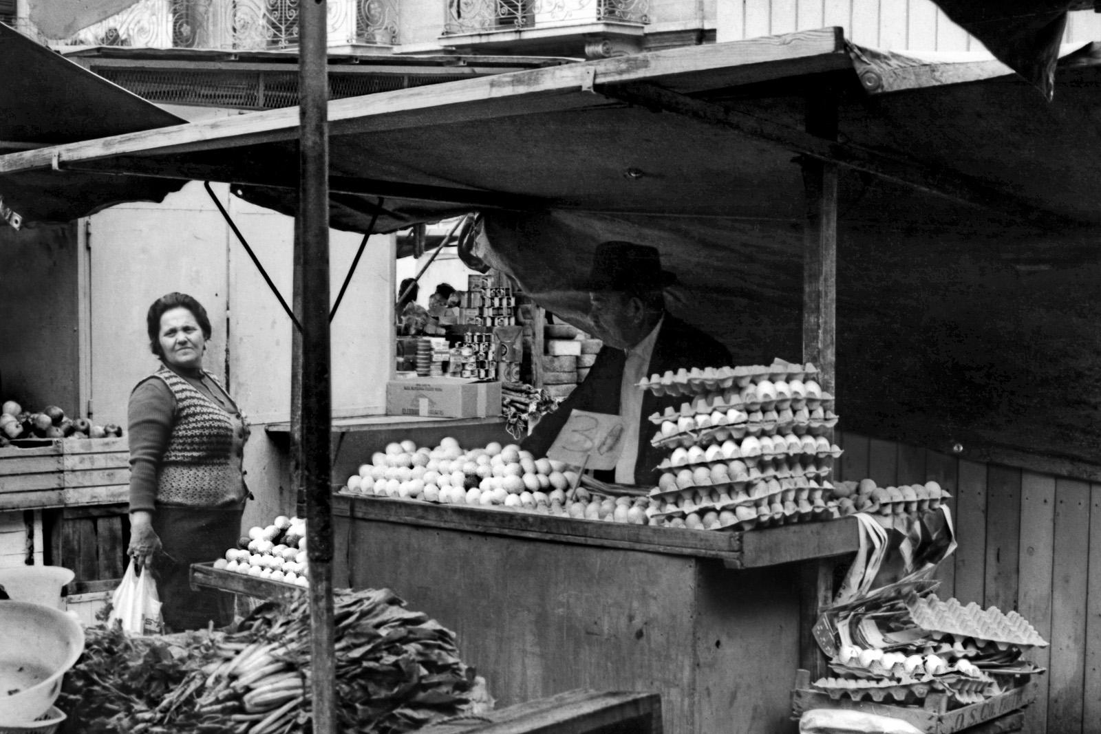 Taranto. Mercato di Piazza Marconi