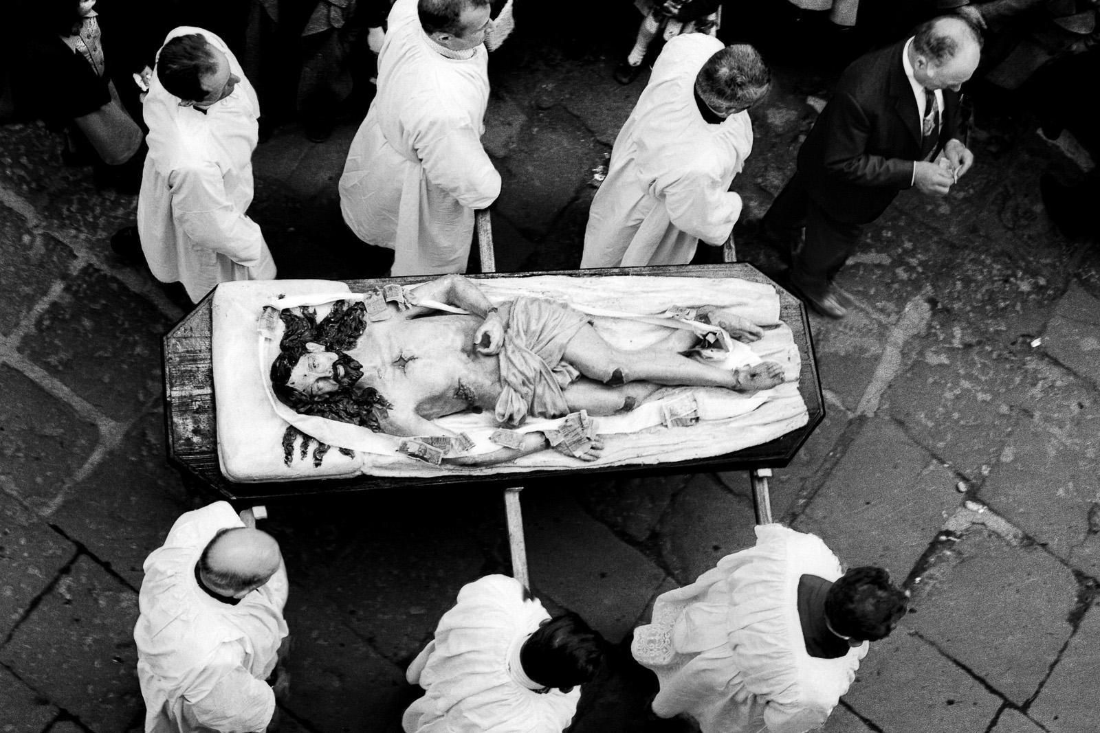 Sacra Rappresentazione del Venerdí Santo. Barile, 16 aprile 1976